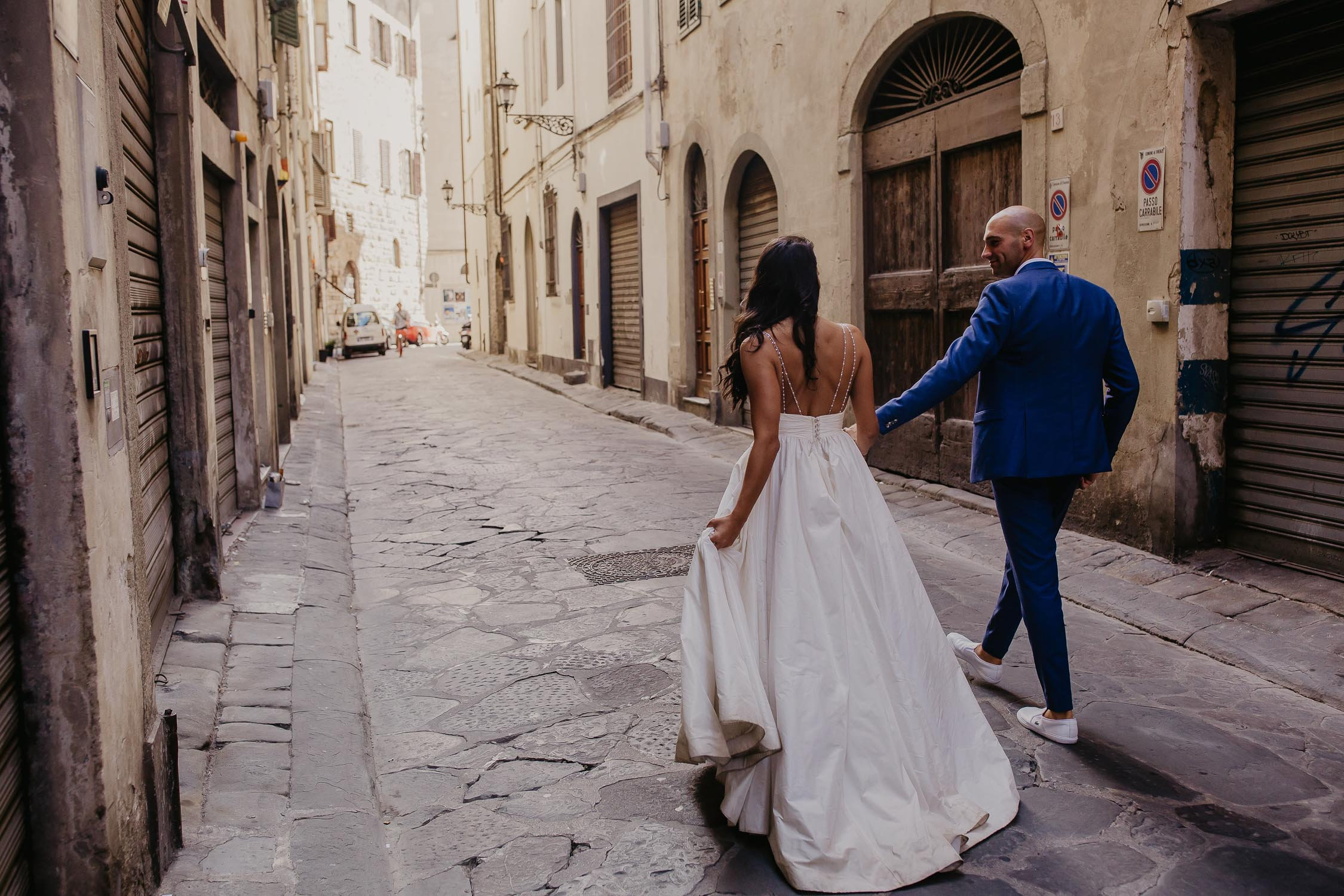 bride and groom in tuscany florence wedding